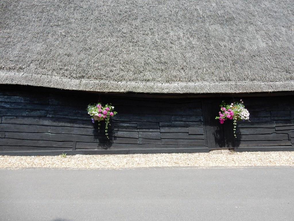 Thatched building Huntingdon Circular (long)