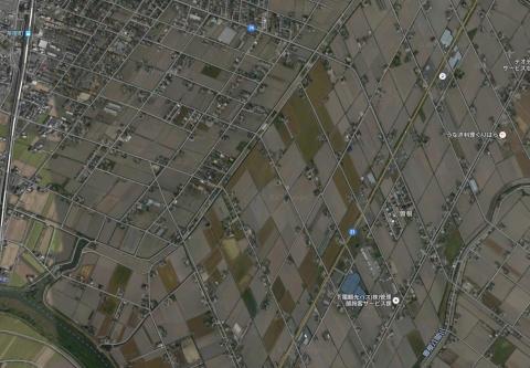 茶屋町駅東部の斜め格子(Google航空写真)