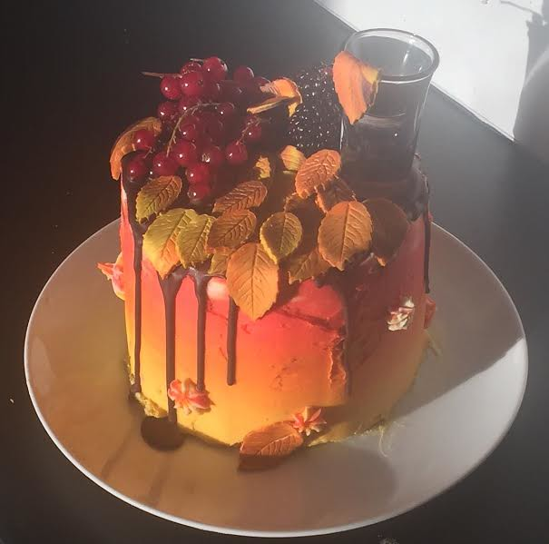 Autumn Cake by Zoe Oakes