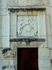 Eglise de Veuil (porte latérale) - Photo of Langé