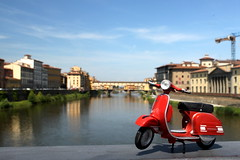 Vespa al Ponte Vecchio