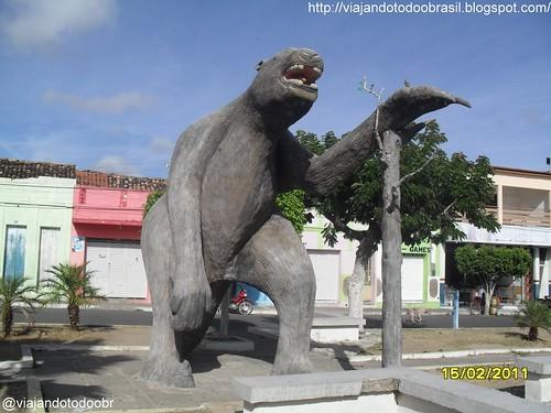 Maravilha - Estátua em homenagem a Preguiça Gigante