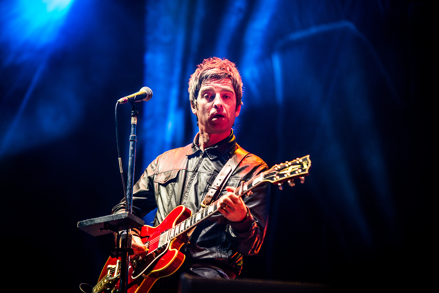 BKS 703 - Noel Gallagher's High Flying Birds