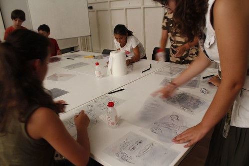 Dibujos Inofensivos - Fundación Cerezales