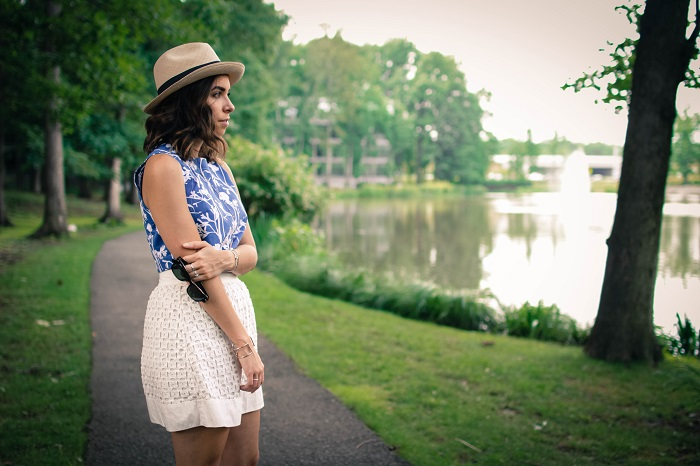 eyelet skirt. printed crop top. panaman hat. casual summer outfit. dc blogger.