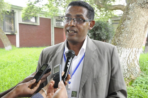 Dr. Tadelle Dessie (ILRI) interviewed by the media (photo credit: EIAR / Semunigus Yemane)