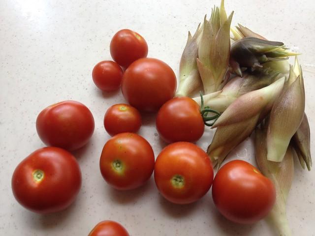 ミョウガとプチトマトのシーフードパスタ