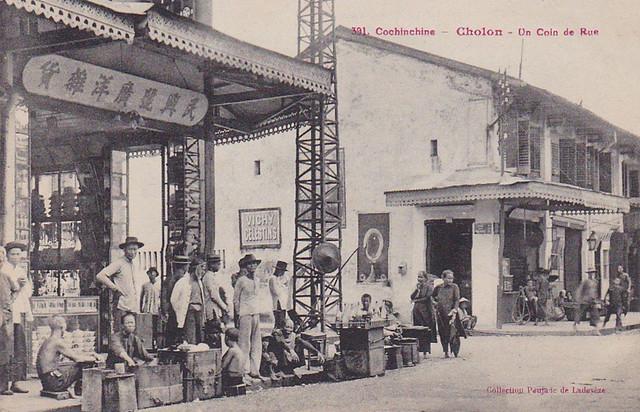 CHOLON - Un coin de rue - Một góc phố Chợ Lớn