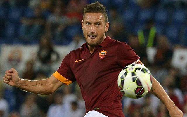 Com gol de rec�m-contratado, Roma faz 3 a 1 no Valencia em amistoso