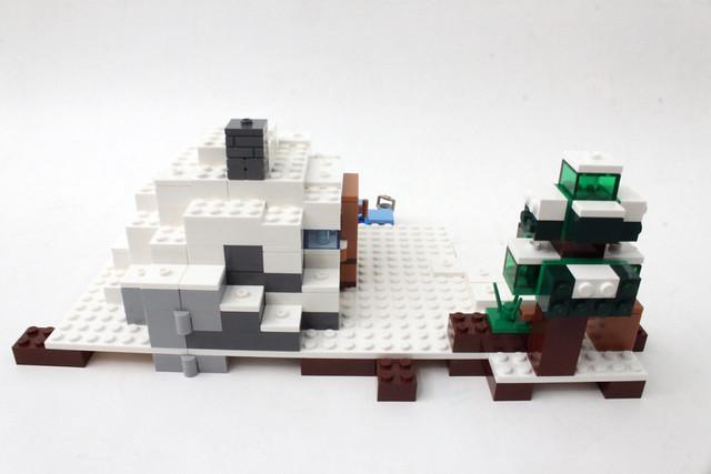 Review - 21120 LEGO Minecraft The Snow Hideout από BRICKFAN 19731878646_6cc66166dd_z
