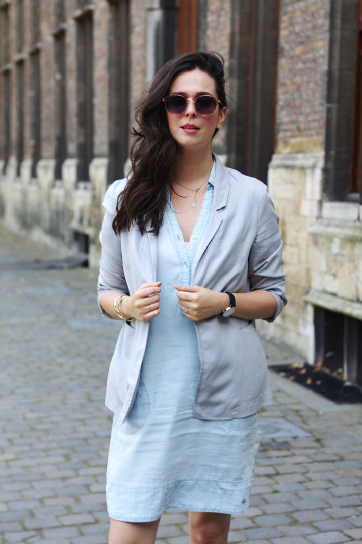 professional outfit in pale pastel shades