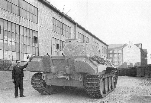 Panther at the MAN Tank factory   August- September 1943