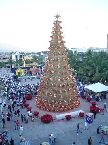 Rboles de navidad gigantes de todo el mundo taringa for Arbol de navidad exterior