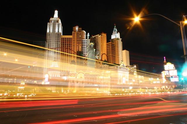 Zoom-zoom Vegas