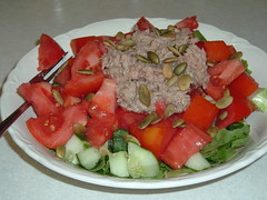hors d'oeuvre(0.0), meal(0.0), watermelon(0.0), plant(0.0), meat(0.0), greek salad(0.0), produce(0.0), melon(0.0), panzanella(1.0), salad(1.0), vegetable(1.0), fruit(1.0), food(1.0), dish(1.0), cuisine(1.0), tuna salad(1.0),