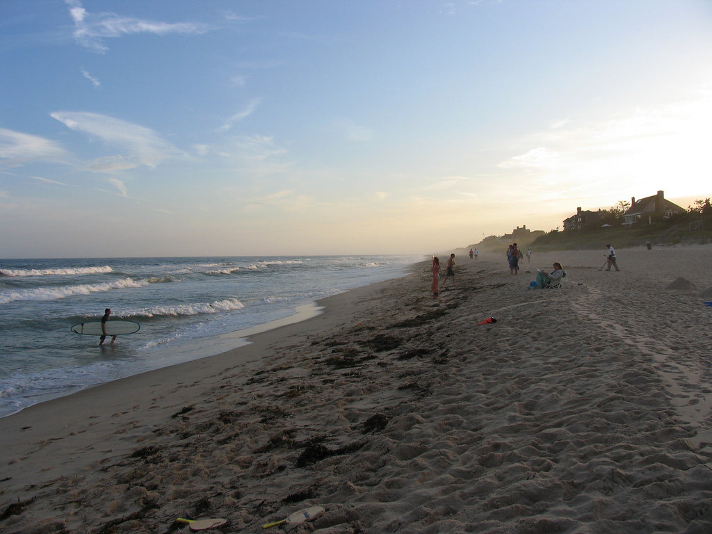 favorite-things-to-do-hamptons-beach