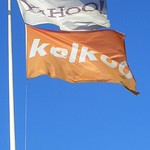 Yahoo and kelkoo Flags