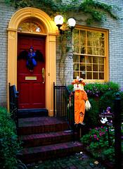 backyard(0.0), outdoor structure(0.0), porch(0.0), shrine(0.0), window(1.0), garden(1.0), landscape lighting(1.0), house(1.0), home(1.0), lighting(1.0),