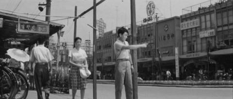 40−東武宇都宮駅前の大通り