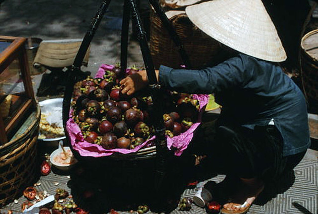 SAIGON 1966 - Street  food vender