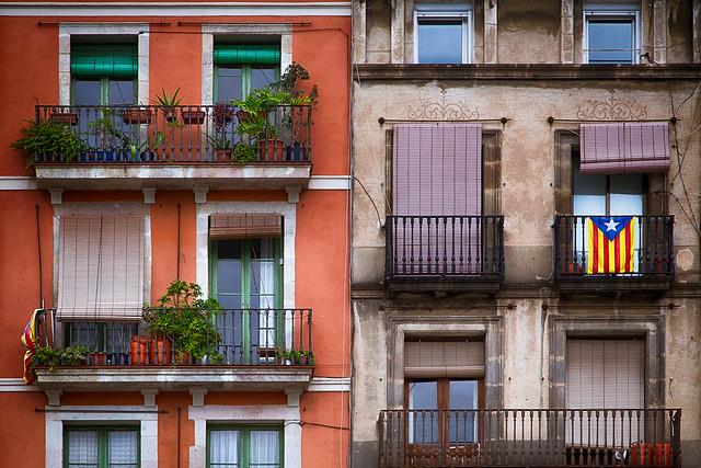 Catalan Windows