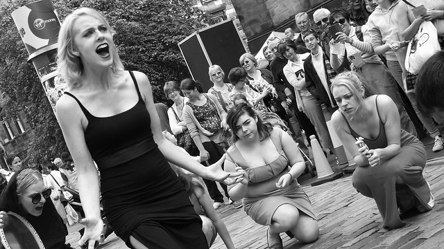 Edinburgh Fringe on the Mile 2015 050