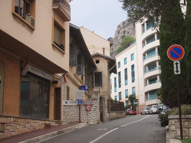 Monaco-France border - Avenue Jacques Abba