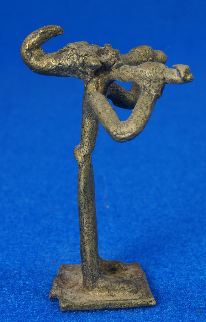 RD14630 4 Vintage African Hand Made Folk Art Primitive Figurines Solid Cast Brass Burkina Faso Yoruba West Africa DSC07082