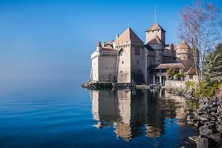 Obrázek Chillon Castle. castle chillon montreux switzerland swiss lake chateau reflections travel lucaflorio