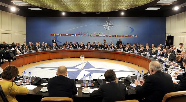 Líderes da Otan em reunião na sede da organização, em Bruxelas, na Bélgica - Créditos: Wiki Commons
