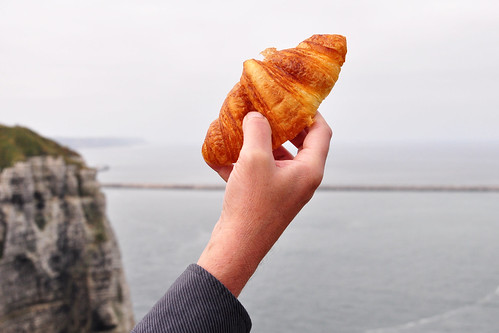 Normandie Cap d'Antifer Ölhafen Le Havre Antifer Port Pétrolier Leuchturm Kühe Möwen Landwirtschaft Falaise Meer Butter-Croissant Foto Brigitte Stolle 2015