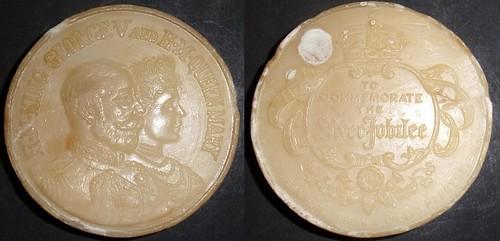 1935 George V, Silver Jubilee soap medal