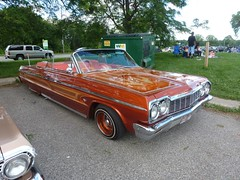 automobile, automotive exterior, vehicle, full-size car, antique car, sedan, vintage car, ford galaxie, land vehicle, luxury vehicle,