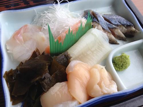 rishiri-island-kamome-syokudo-sashimi