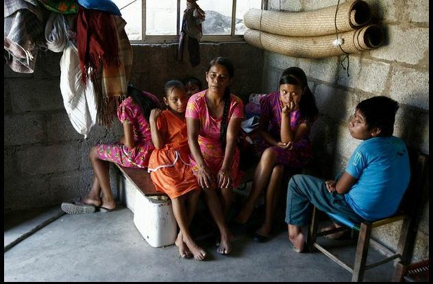 Uno de cada dos mexicanos es pobre: Coneval