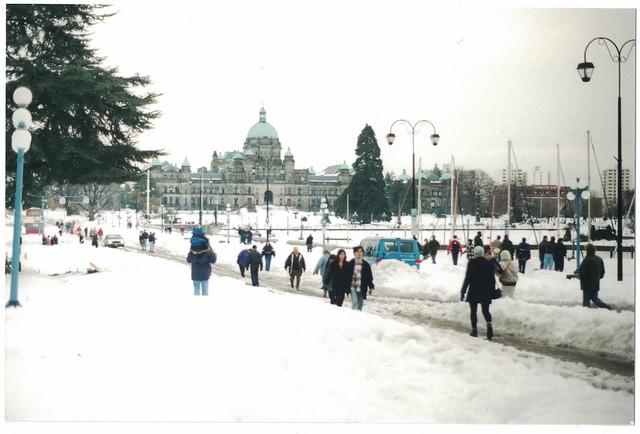 Government Street and Parliament Buildings. Photo Allison Mundschutz