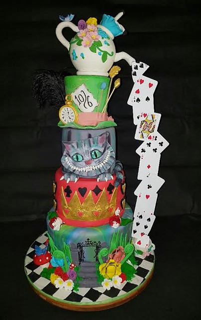 Tim Burton's Alice in Wonderland from Catherine Martin of Cakes by Catherine