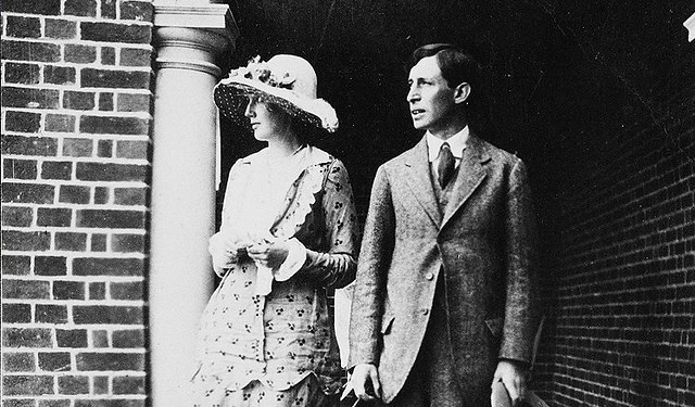 Virginia and Leonard Woolf on their wedding day (1912)