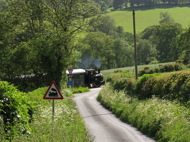 Cwm Lane Crossing