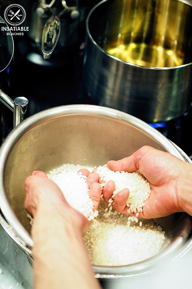 Washoku Lover's Kitchen: Chef Raita Noda teaching the class how to wash Japanese rice