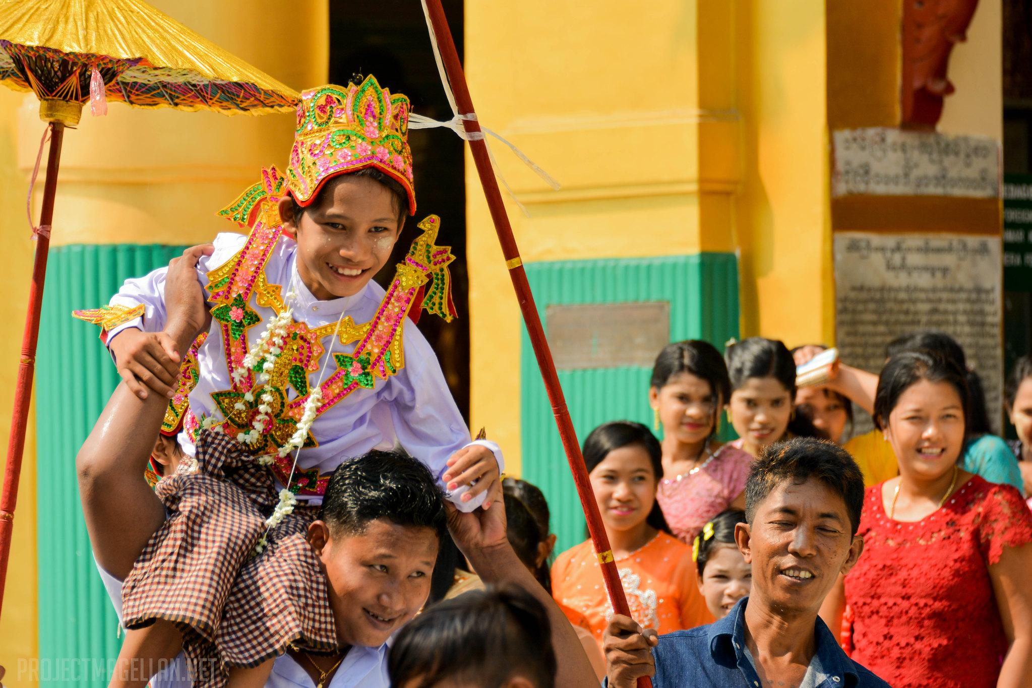 Shwedagon Pagoda, Yangon, Myanmar, Burma, Rangoon, Monk