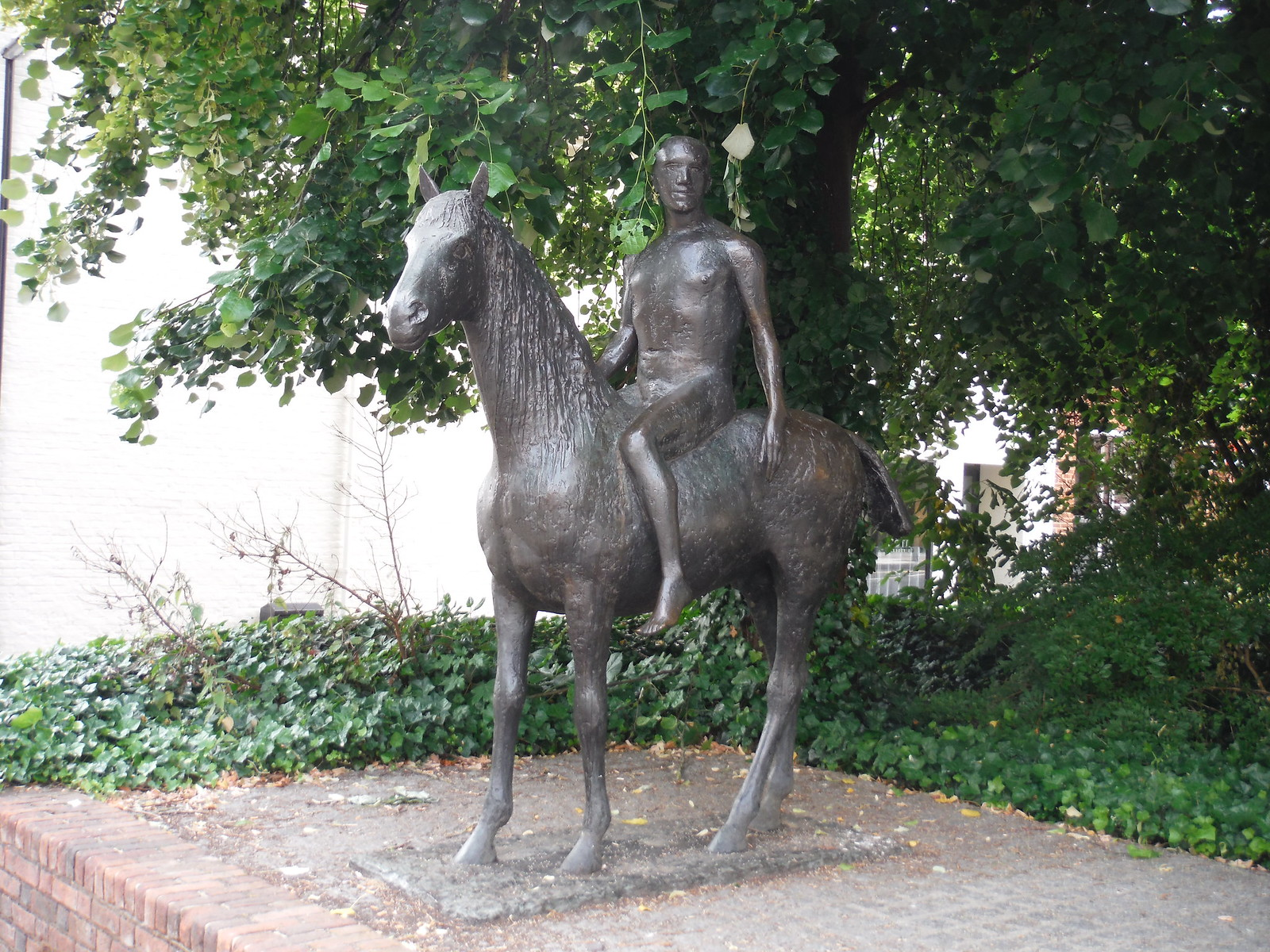 Horse and Rider, by Elizabeth Frink SWC Walk 15 : Winchester Circular