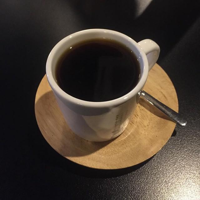 여기 커피 맛있다. 에티오피아 예가체프로 한 잔. #nao #나오 #카페나오 #애니골 #coffee #ethiopia #yirgacheffe #커피타그램