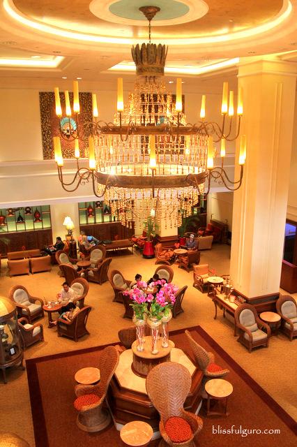 Sule Shangri-La Hotel Yangon Myanmar Lobby