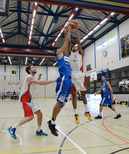 BC Winterthur VS Fribourg Olympic 10.12.2016 14