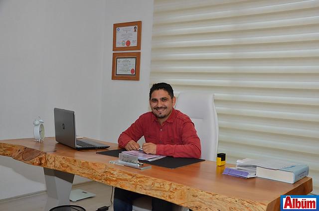 Çocuk ve Ergen Psikiyatristi Dr. Mustafa Erkan 8