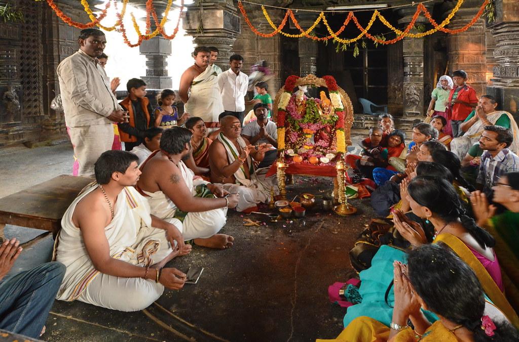 Risultati immagini per puja india temple