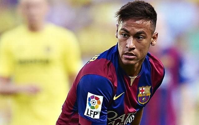 Com Dani Alves e Neymar, Uefa anuncia sele��o de 2015 na Europa