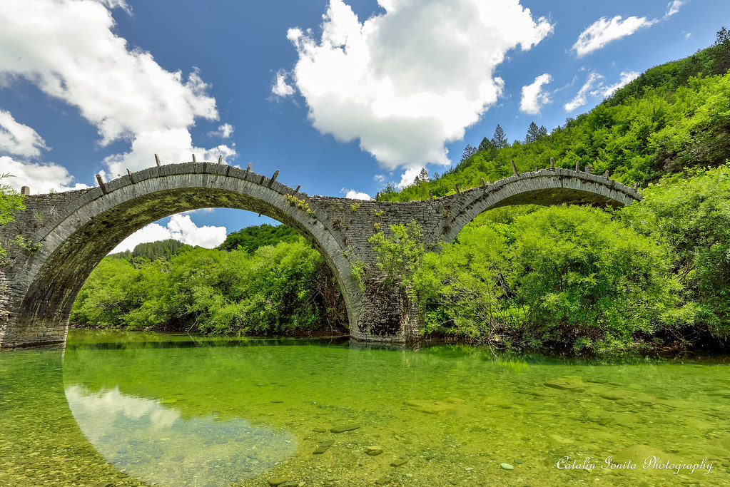 Kalogheriko stone bridge