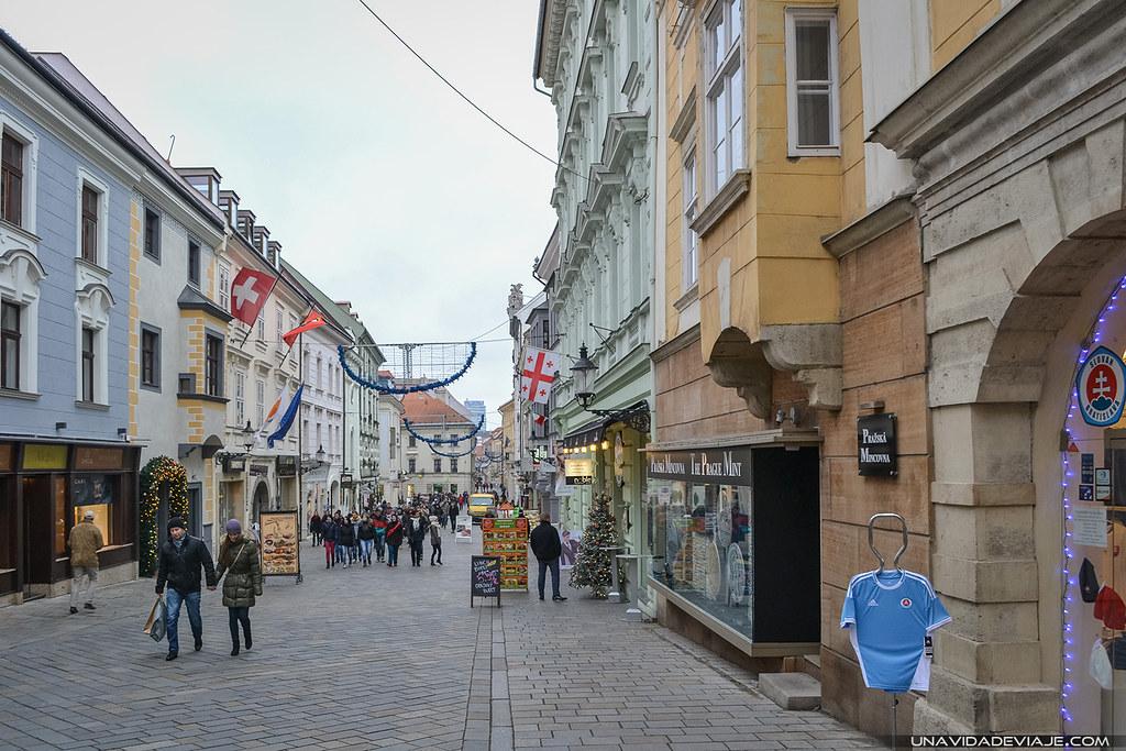 Bratislava hlavne namestie